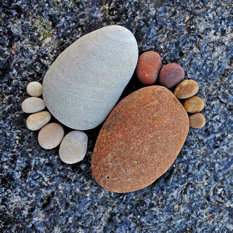 pebble stones adorable footprints made from stones 171 twistedsifter