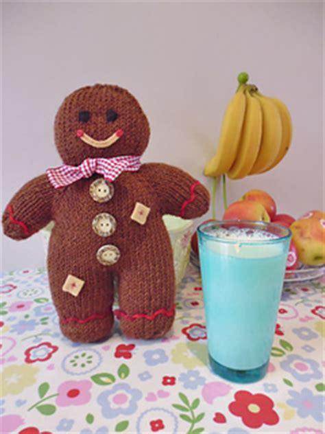 ravelry gingerbread boy pattern  sara elizabeth kellner
