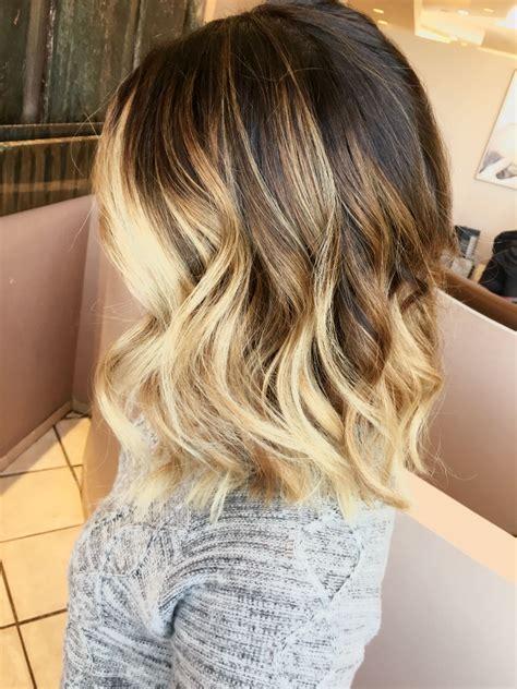 Short Ombré Blonde Hair Beauty Bag In 2019 Hair Styles