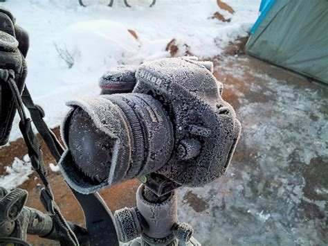cold weather photography tips   defrost  save