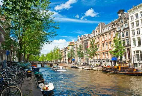 central amsterdam getaway 3 nights in hostel incl