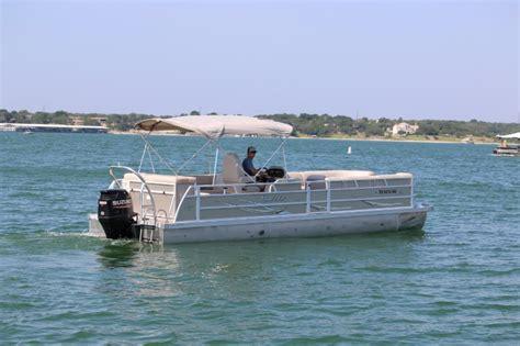 Tritoon Boat Rental Lake Travis by Lake Travis Boat Rentals At Vip Marina Tx