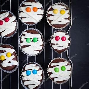 Idée Pour Halloween : dr le d id e pour le dessert d halloween photographie anna tukhfatullina 127071056 ~ Melissatoandfro.com Idées de Décoration