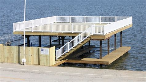 How To Build A Boat Dock Out Of Wood by Boat Docks B R Construction