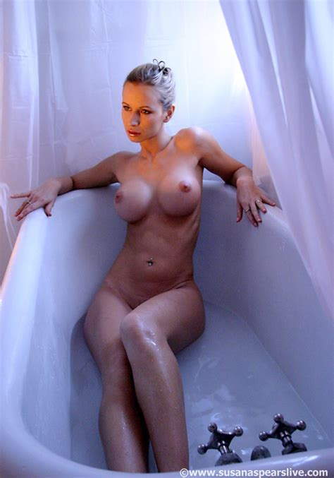 Zuzka Light Nude Pics Sexy Youtubers