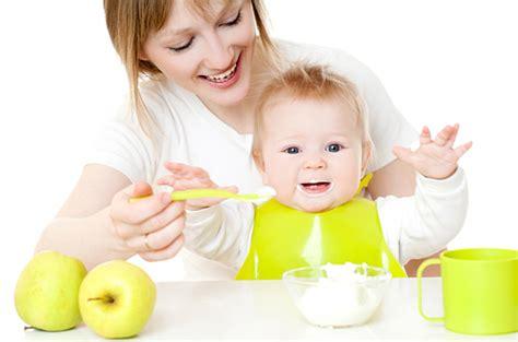 cuisine bébé comment évaluer l équilibre alimentaire chez bébé