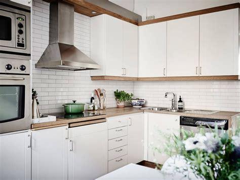 faience pour credence cuisine tuile subway blanche pour la cuisine 15 idées de dosseret