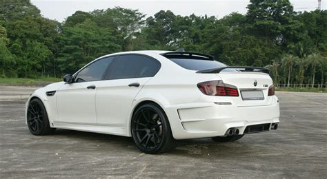 White Bmw Rims by Bmw M5 White With Black Rims