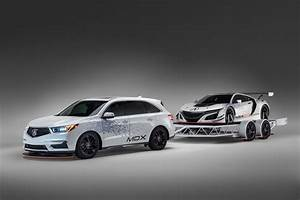 Acura NSX GT3 and 2017 MDX at SEMA | Photos, Details ...