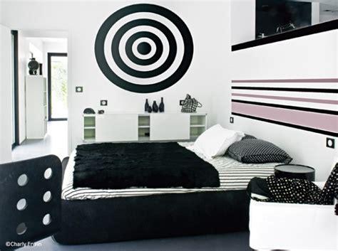 chambre en noir et blanc la chambre se refait une beauté décoration