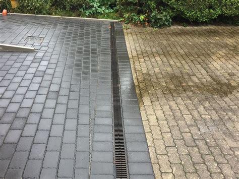 Entwässerung Terrasse Rinne by Aco Rinne Befahrbare Entw 228 Sserungsrinne Selber Verlegt