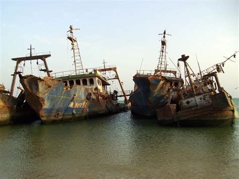 Biggest Pirate Ships In The World by Largest Ship Graveyard In The World Nouadhibou