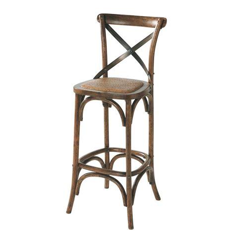 chaise de bar en rotin  chene effet vieilli tradition maisons du monde