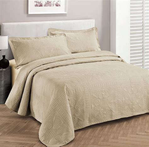 Coverlet For Bed by 3 Bedspread Embossed Solid Colors Set Bed Cover