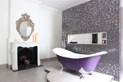 chambre a coucher style baignoire de couleur pour relooker et embellir votre salle
