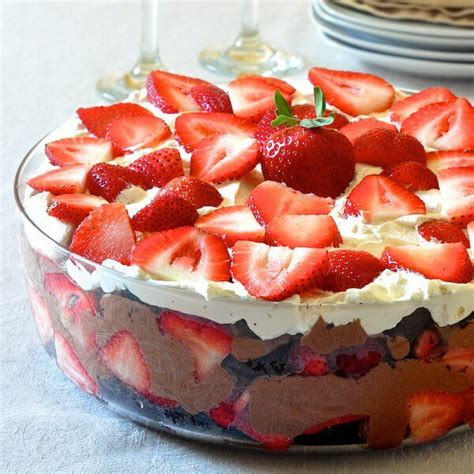 easy chocolate mousse strawberry trifle recipe rock