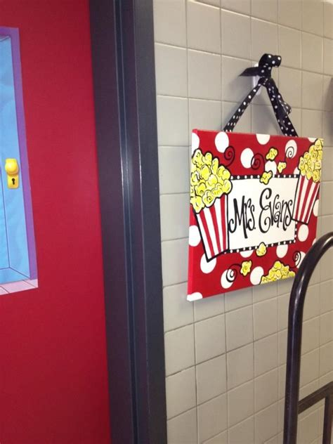 themed  sign   themed classroom