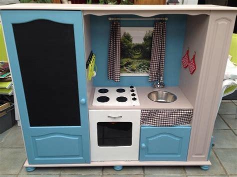 tele pour cuisine comment transformer un meuble tv en cuisinière pour enfants