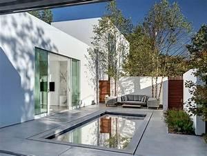Giving The Courtyard Home An Urban Twist  Casa Di Luce In