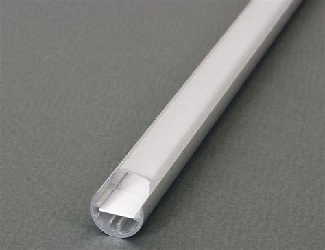 ruban led eclairez autrement en installant  bandeau led