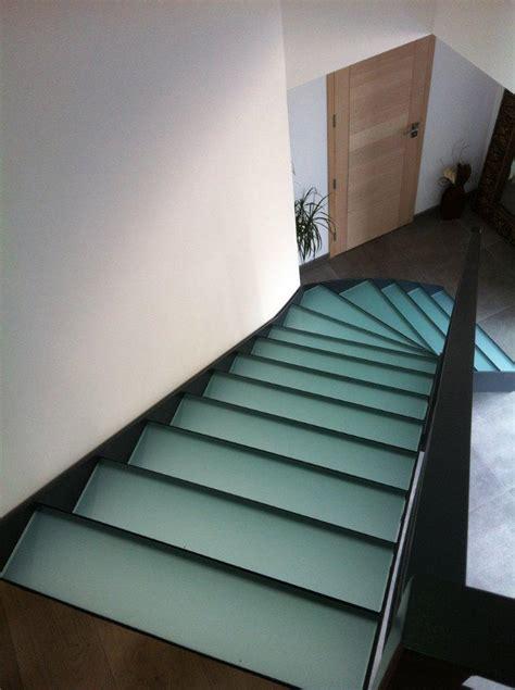re escalier en verre escaliers marches en verre atelier du verre cr 233 ations