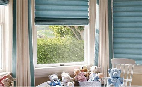 Plissee Kinderzimmer Junge by 40 Ideen F 252 R Sch 246 Ne Kinderzimmer Fensterdeko Archzine Net