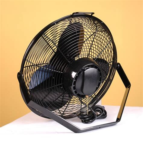 Air King 9518 Wall Mount Fan Features Up To 3190 Cfm