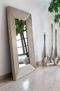 Große Wandspiegel Mit Rahmen : die besten 25 gro e spiegel ideen auf pinterest gro e wandspiegel aufsatzwaschbecken und ~ Bigdaddyawards.com Haus und Dekorationen