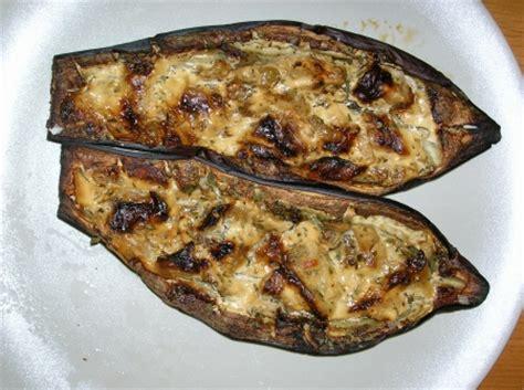 comment cuisiner des aubergines cuisiner aubergine cuisiner des aubergines recette