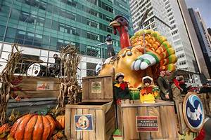 Thanksgiving Macy's Parade: Watch Live With 360-Degree ...