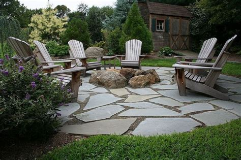 flagstone patio pit