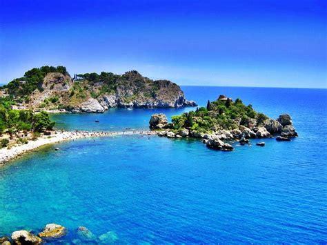 Dive Sicily - scuba diving taormina giardini naxos isola daily