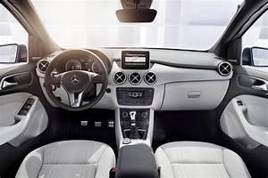 Futur Mercedes Classe B : photos mercedes classe b interieur exterieur ann e 2012 monospace ~ Gottalentnigeria.com Avis de Voitures