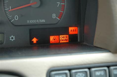 volvo  flashing check engine light