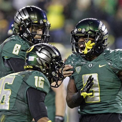 oregon ducks depth chart analysis complete  preview