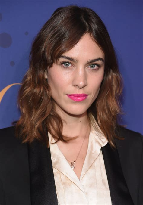 alexa chung medium wavy cut  bangs lookbook stylebistro