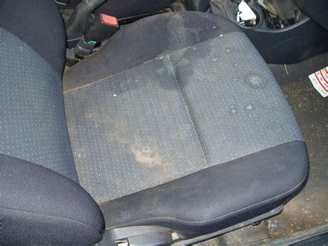nettoyer siege voiture bicarbonate nettoyage de voitures des particuliers ld vapeur