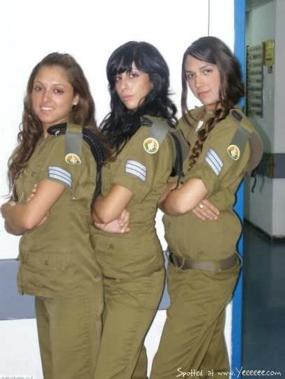 female israeli soldiers beautiful israeli female soldiers idf airforce  navy posted
