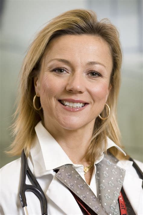 dr holly andersen  thoracic aneurysm  images  years   women