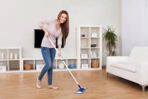 Swiffer Hardwood Floor Vacuum by Dealing With The Chores In Your Home