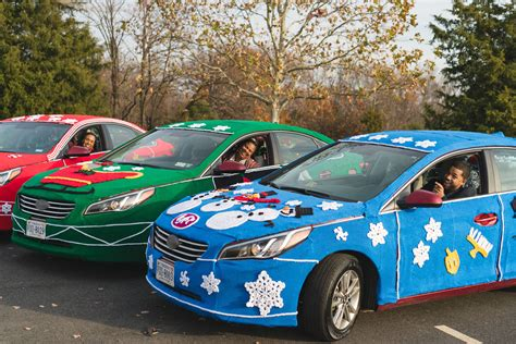 Lyft Wraps Cars In Ugly Sweaters To Benefit Martha's Table
