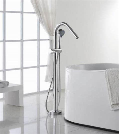 robinet sur baignoire robinet sur pied pour baignoire ilot