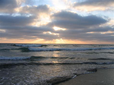 Sunset Beach Ca File Sunset At Torrey Pines State Beach Ca Jpg
