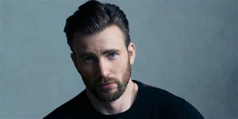 Chris Evans accidentally posts a photo of his dick in an ...