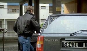 Imcdb Org  1983 Renault 18 Break Gtl S U00e9rie 1  X34  In  U0026quot Le Marginal  1983 U0026quot