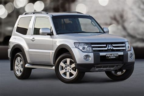 pajero jeep 2016 2009 mitsubishi pajero review loaded 4x4