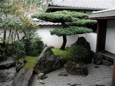 Japanese garden design in the patio ? an oasis of harmony and balance