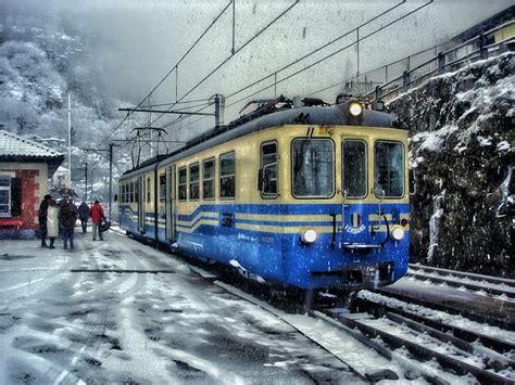 photo train shine bus tram snow  image  pixabay