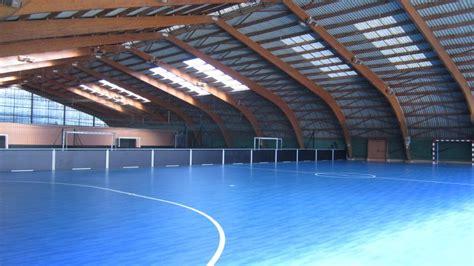 jeu de foot salle futsal terrains de foot en salle monplaisir ballconcept