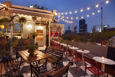 Mamas Texican Kitchen Boat Club Road by Top 10 Rooftop Bars Sg Magazine